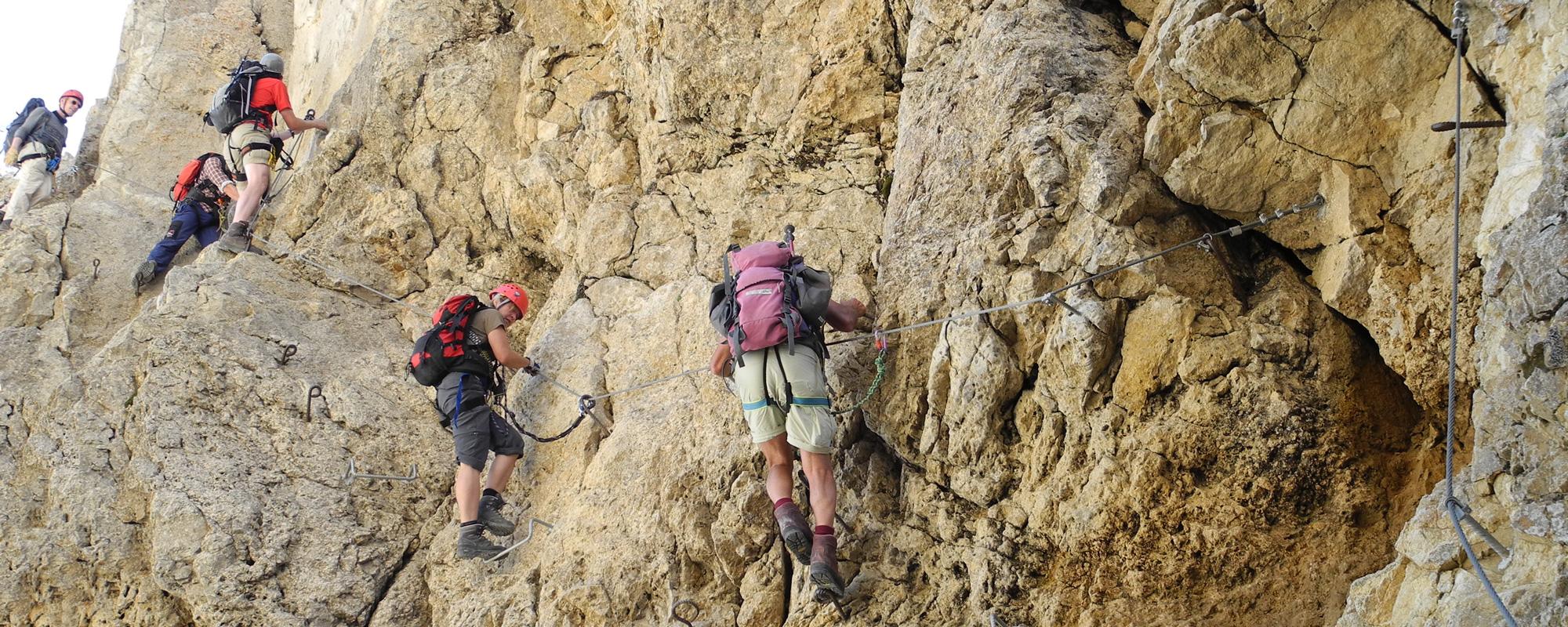 slide-07-klettersteig